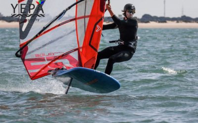 Sam Sills wins open foil carnival race in Cadiz