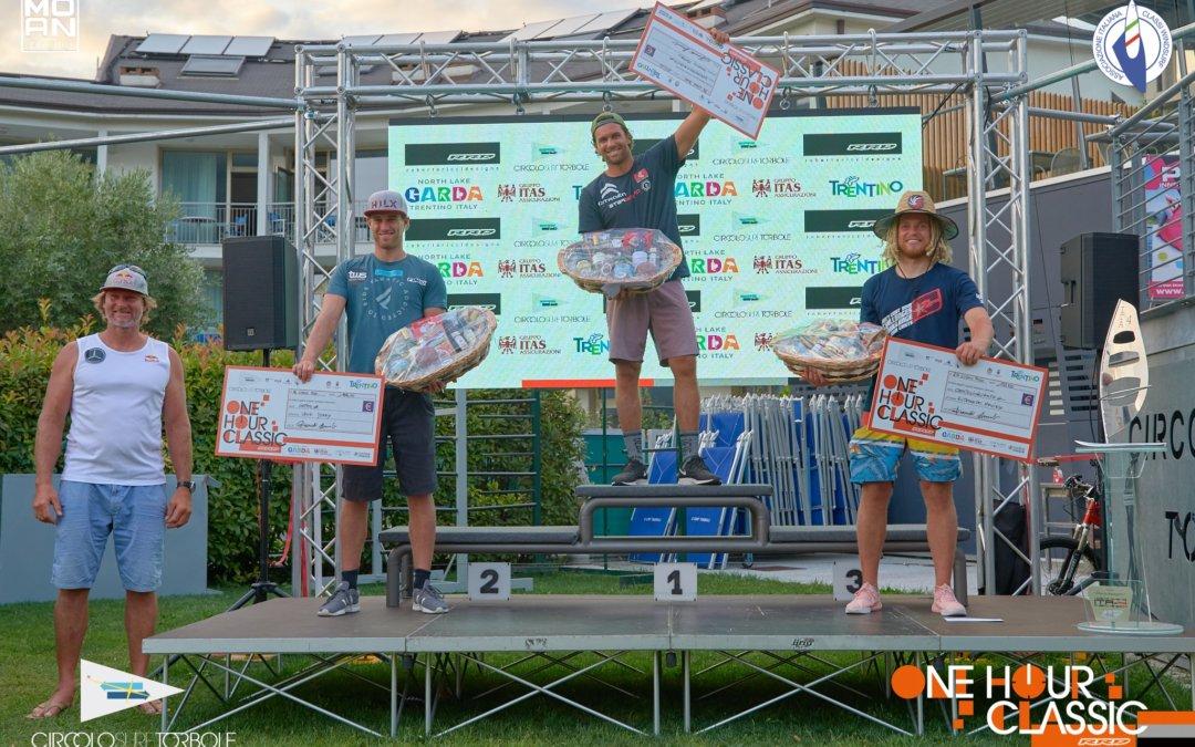 Matteo Iachino wins One Hour Classic in Lake Garda, Blanca Alabau is first woman